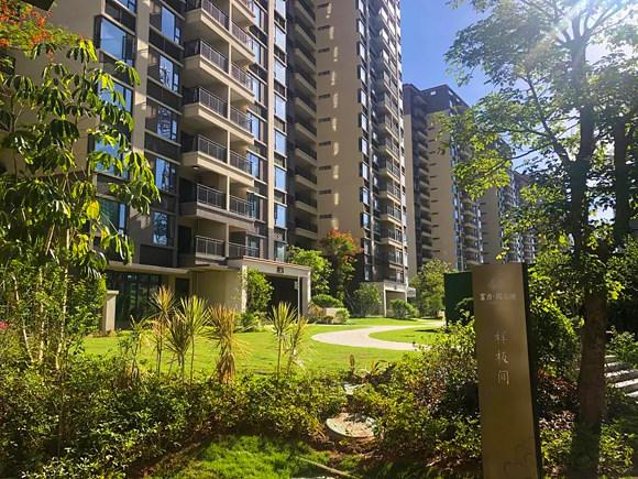 中信香水湾·进一步海,退一步山,目前在售公寓和别墅,均价30000元/㎡